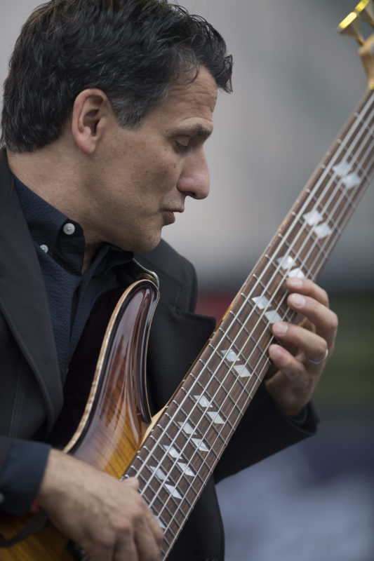 John Patitucci leads his Electric Guitar Quartet at the 2017 Detroit Jazz Festival