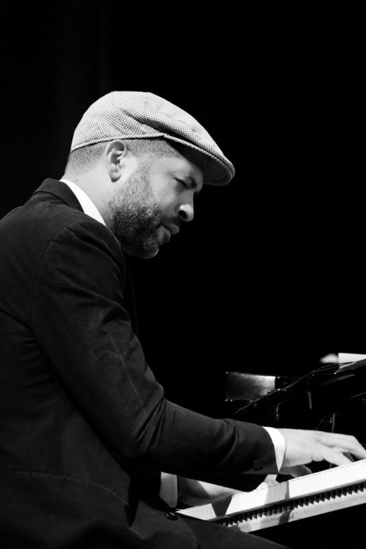 Jason Moran performing at the 2017 Chicago Jazz Festival (photo by Lauren Deutsch)
