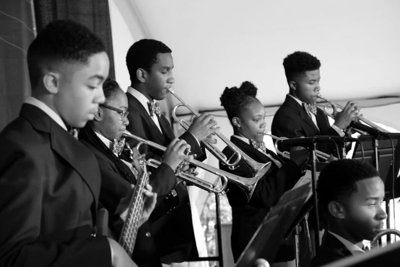 Students from Kenwood High School performing at the 2017 Chicago Jazz Festival (photo by Lauren Deutsch)