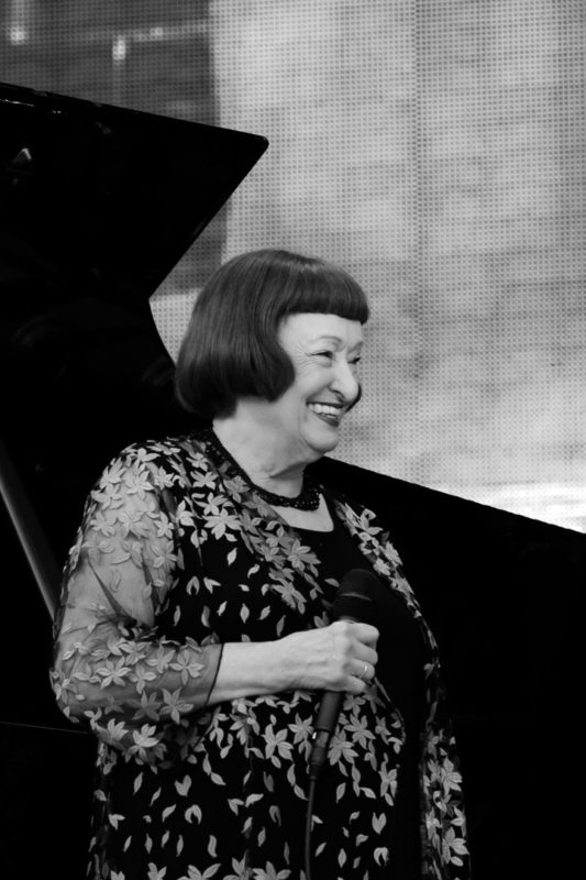 Sheila Jordan performing at the 2017 Chicago Jazz Festival (photo by Lauren Deutsch)