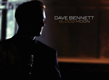 Dave Bennett: Blood Moon (Mack Avenue)
