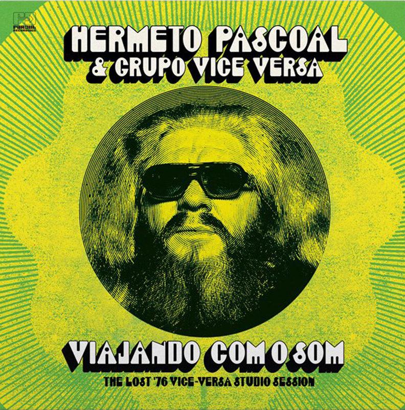 Cover of Hermeto Pascoal album Com O Som