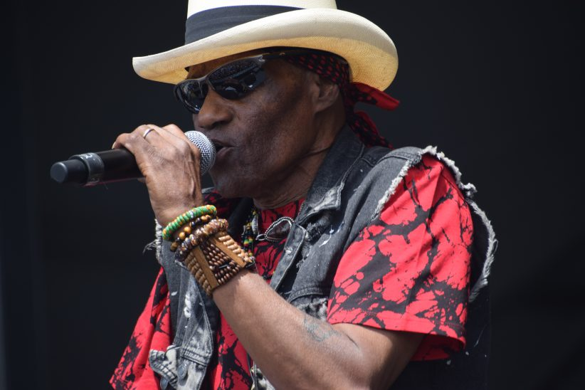 Cyril Neville performing at the 2018 New Orleans Jazz & Heritage Festival (photo by Joel A. Siegel)