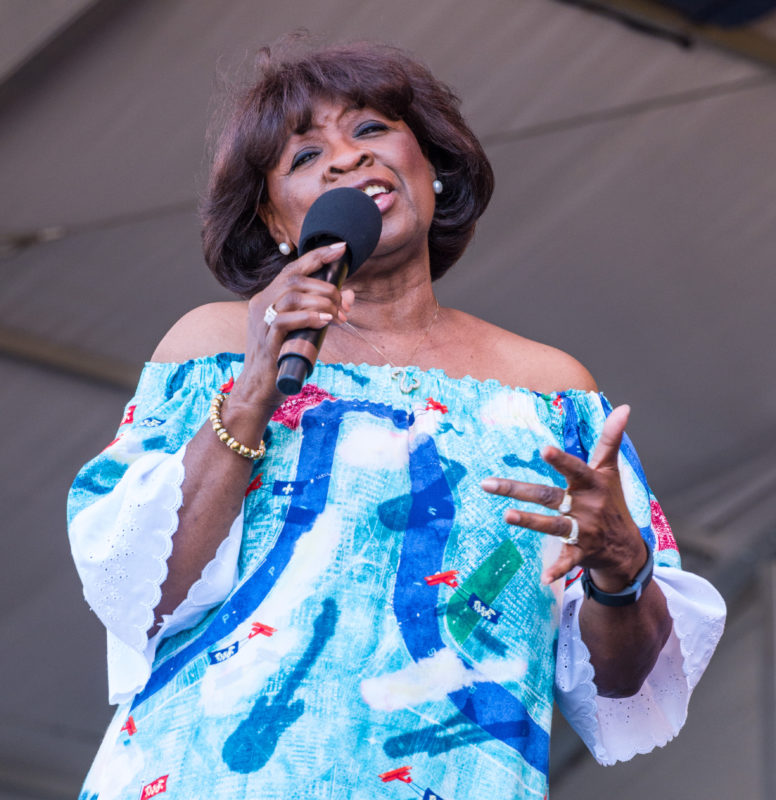 Irma Thomas in performance at the 2018 New Orleans Jazz & Heritage Festival (photo by Mark Robbins)