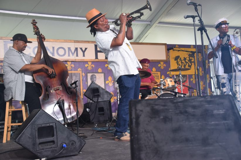Kermit Ruffins performing at the 2018 New Orleans Jazz & Heritage Festival (photo by Joel A. Siegel)