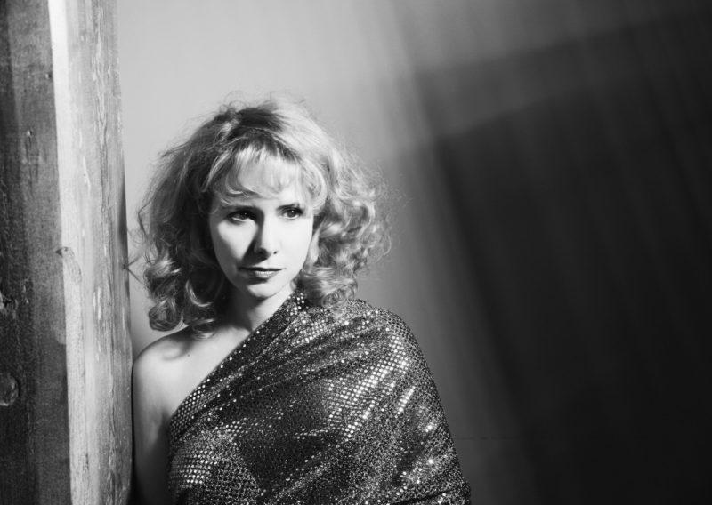 Nellie McKay (photo by Shervin Lainez)