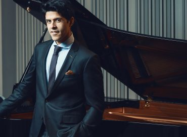 Sachal Vasandani Celebrates the American Songbook