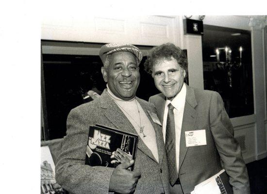 Ira Sabin w Dizzy Gillespie 1984 web