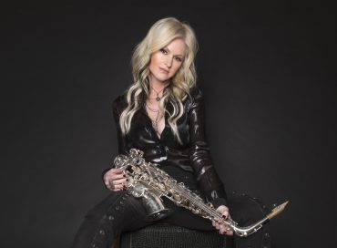 Gearhead: Mindi Abair Stays Unattached