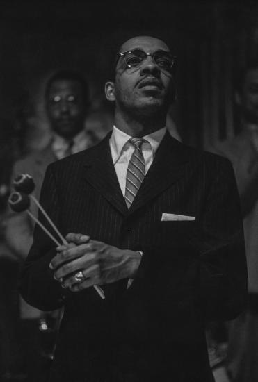 Milt Jackson, 1956 (photo:Roy DeCarava)