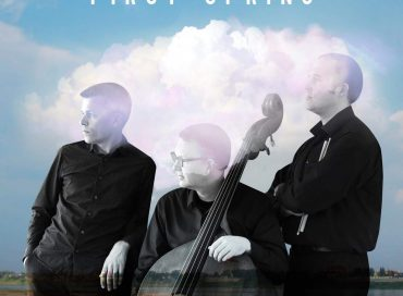 Florian Hoefner Trio: First Spring (Alma)