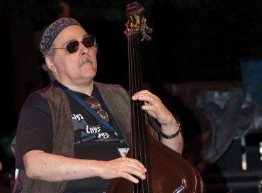 Andy González 1951–2020