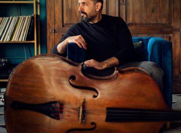 Jorge Roeder: El Suelo Mío (Self-produced)