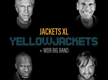 Yellowjackets: Jackets XL (Mack Avenue)