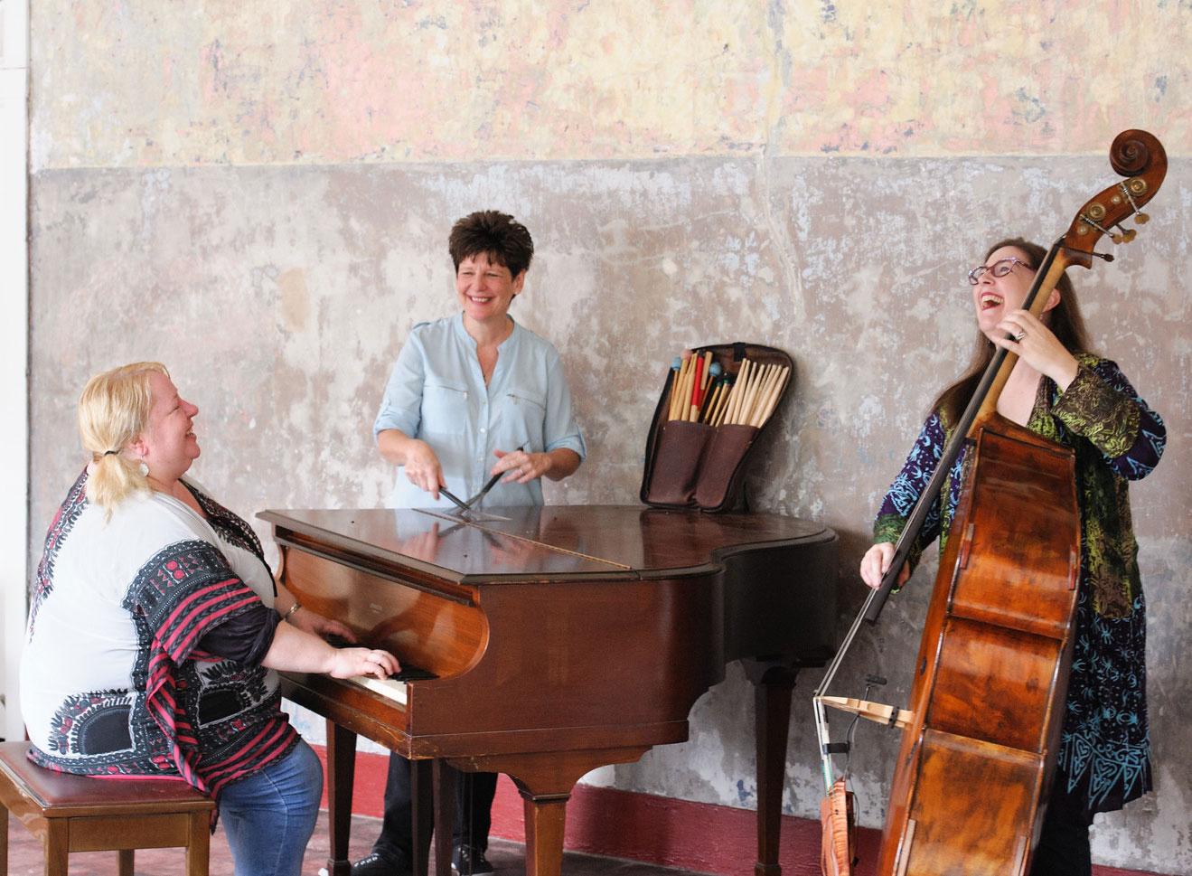 3 Divas Jazz Trio