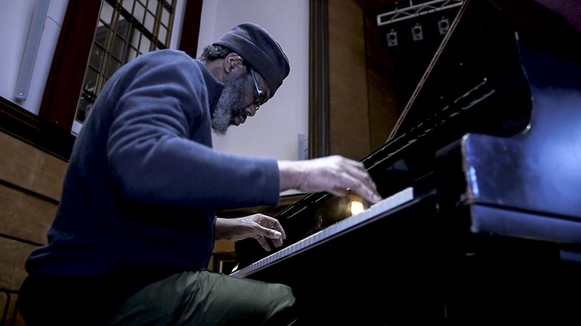 Pat Thomas Explores Many Dimensions Within Britain's Jazz Scene